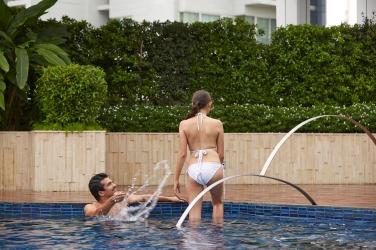 Swimming Pool sRGB